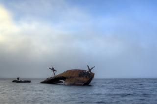 shipwreck-atlantic_freepik